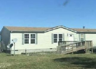 Foreclosed Home in Stony Creek 23882 SUSSEX DR - Property ID: 4488958580