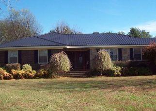 Foreclosed Home in Decherd 37324 SWANN LN - Property ID: 4488972150
