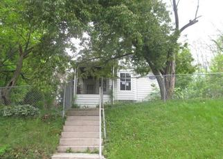 Foreclosed Home in Davenport 52804 LINCOLN CT - Property ID: 4489300638