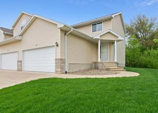 Foreclosed Home in Cedar Rapids 52404 STONEVIEW CIR SW - Property ID: 4489303260