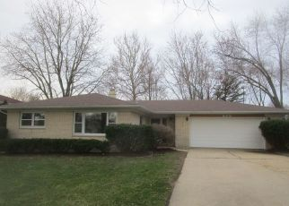 Foreclosed Home in Elgin 60120 ALGONA AVE - Property ID: 4489312461