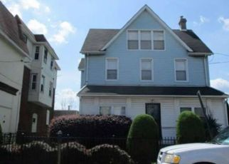 Foreclosed Home in Lansdowne 19050 CHURCH LN - Property ID: 4489339170