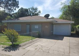 Foreclosed Home in Sacramento 95815 OPAL LN - Property ID: 4489347499
