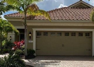 Foreclosed Home in Estero 33928 MONTEVINA DR - Property ID: 4489434212