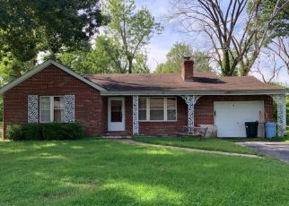 Foreclosed Home in Belleville 62223 LAKEWOOD DR - Property ID: 4489451293