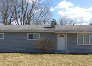 Foreclosed Home in Flint 48506 N VASSAR RD - Property ID: 4489478453