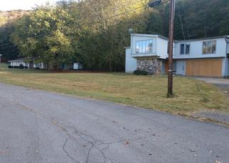 Foreclosed Home in Kingsport 37660 CLIFFSIDE DR - Property ID: 4489522243