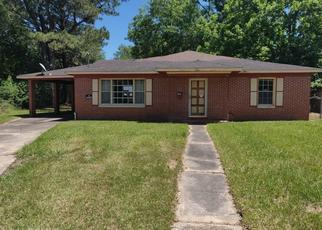 Foreclosed Home in Mobile 36617 BARBARA DR - Property ID: 4489564743