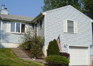 Foreclosed Home in Cromwell 06416 OAK RD - Property ID: 4489605915