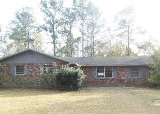 Foreclosed Home in Macclenny 32063 LARIMER RD - Property ID: 4489620351