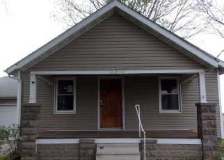 Foreclosed Home in Okawville 62271 COVINGTON RD - Property ID: 4489688238