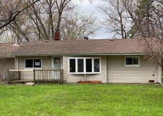 Foreclosed Home in Oak Forest 60452 LECLAIRE AVE - Property ID: 4489694371