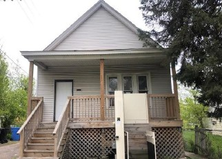 Foreclosed Home in Chicago 60619 S HARPER AVE - Property ID: 4489706191