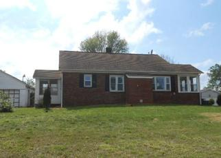 Foreclosed Home in Boonville 47601 N STATE ROUTE 61 - Property ID: 4489724599