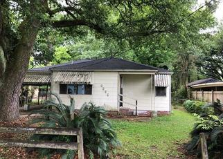 Foreclosed Home in Baton Rouge 70805 DUTTON AVE - Property ID: 4489751759
