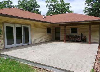 Foreclosed Home in Joplin 64804 BUTTERFIELD DR - Property ID: 4489776721