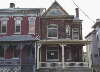 Foreclosed Home in Hamburg 19526 S 4TH ST - Property ID: 4489979497