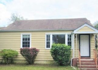 Foreclosed Home in Williamstown 08094 LAKE AVE - Property ID: 4489990894