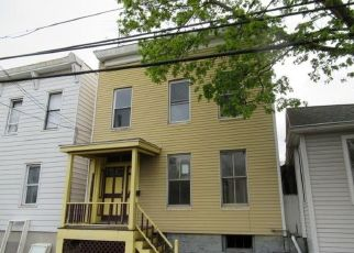 Foreclosed Home in Cohoes 12047 CHESTNUT ST - Property ID: 4490011916