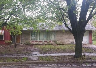 Foreclosed Home in Terre Haute 47807 TIPPECANOE ST - Property ID: 4490048702