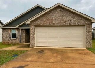 Foreclosed Home in Moundville 35474 AZALEA LN - Property ID: 4490106958