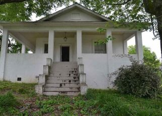 Foreclosed Home in Bridgeport 35740 OLCOTT AVE - Property ID: 4490109128