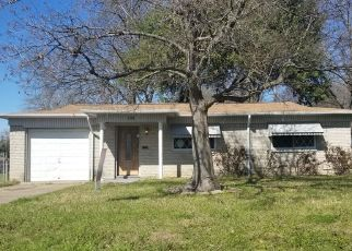 Foreclosed Home in Mesquite 75149 BORCHARDT ST - Property ID: 4490127984