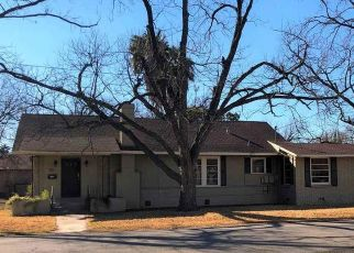Foreclosed Home in Del Rio 78840 W DUKE ST - Property ID: 4490192797