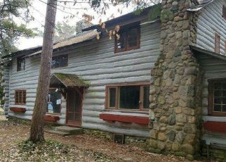Foreclosed Home in Northport 49670 E PARADESIA RD - Property ID: 4490375873