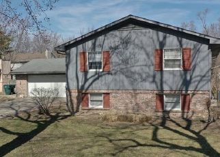 Foreclosed Home in Muncie 47304 W TWICKINGHAM DR - Property ID: 4490393376