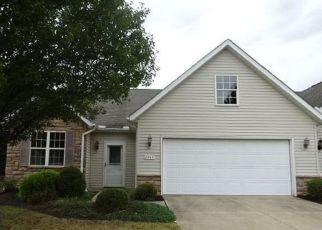 Foreclosed Home in Olmsted Falls 44138 ROBERTS CT - Property ID: 4490522585