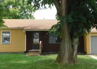 Foreclosed Home in Hutchinson 67501 E 10TH AVE - Property ID: 4490541414