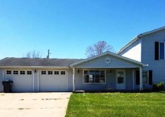 Foreclosed Home in Parker City 47368 TENNESSEE ST - Property ID: 4490566376