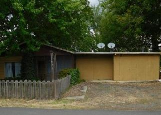 Foreclosed Home in Lewiston 83501 AIRWAY AVE - Property ID: 4490582590
