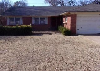 Foreclosed Home in Duncan 73533 N 13TH ST - Property ID: 4490794565
