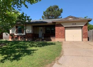 Foreclosed Home in Lawton 73505 NW 43RD ST - Property ID: 4490796311