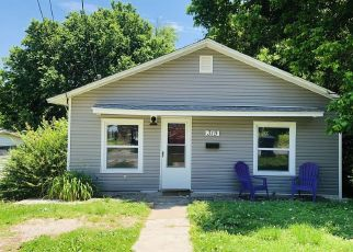 Foreclosed Home in Neosho 64850 S VALLEY ST - Property ID: 4490798502