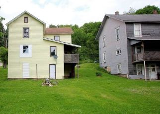 Foreclosed Home in Reynoldsville 15851 E MAIN ST - Property ID: 4490946545