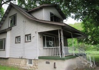 Foreclosed Home in Mineral Point 15942 MINERAL POINT RD - Property ID: 4490979389