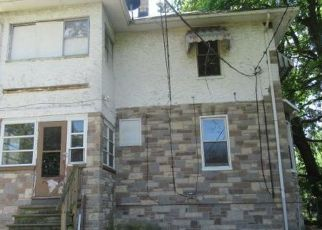 Foreclosed Home in Baltimore 21214 PARKSIDE DR - Property ID: 4491028888
