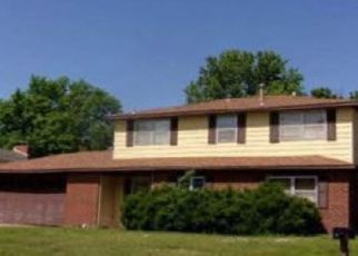 Foreclosed Home in Ponca City 74604 DEAN AVE - Property ID: 4491036321