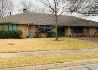 Foreclosed Home in Sherman 75092 CRESCENT DR - Property ID: 4491038965