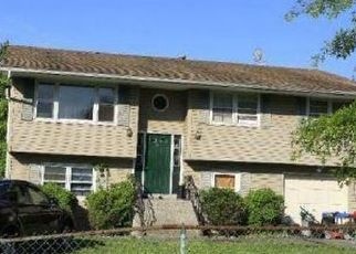 Foreclosed Home in Beacon 12508 SCOFIELD RD - Property ID: 4491066103