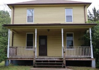 Foreclosed Home in Bowie 20720 MAPLE AVE - Property ID: 4491070939