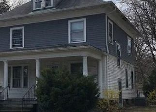 Foreclosed Home in Hartford 06112 W RAYMOND ST - Property ID: 4491071364