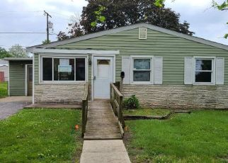 Foreclosed Home in Dundalk 21222 SOLLERS POINT RD - Property ID: 4491072683