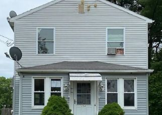 Foreclosed Home in West Haven 06516 PAINTER DR - Property ID: 4491138819