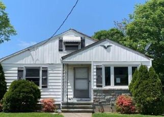 Foreclosed Home in Stratford 06615 HIGH PARK AVE - Property ID: 4491141886