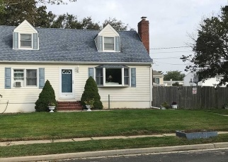 Foreclosed Home in Massapequa 11758 SPRAY ST - Property ID: 4491159394
