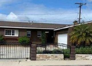 Foreclosed Home in Oxnard 93033 CIRCLE DR - Property ID: 4491215905